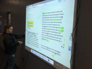 Text display on Epson Brightlink